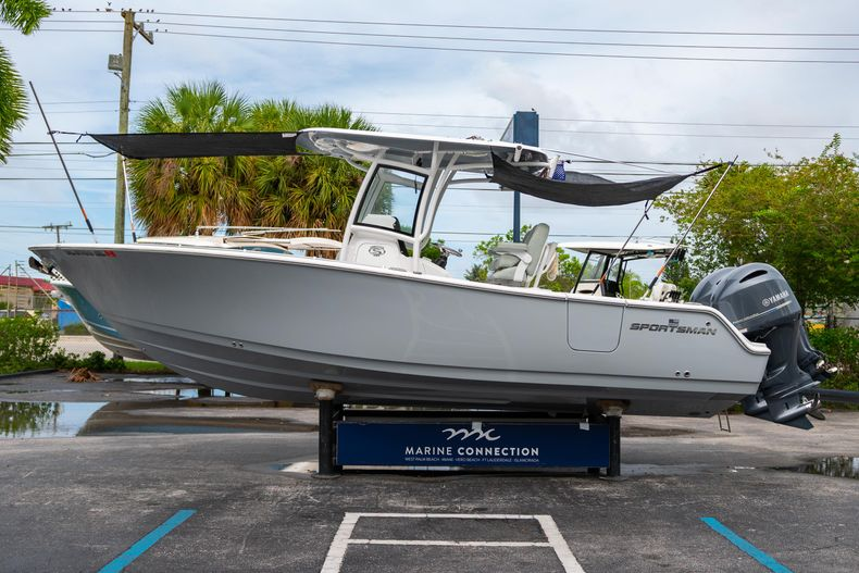 Thumbnail 6 for Used 2020 Sportsman Heritage 251 Center Console boat for sale in West Palm Beach, FL