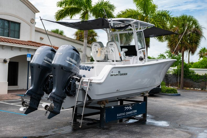 Thumbnail 10 for Used 2020 Sportsman Heritage 251 Center Console boat for sale in West Palm Beach, FL