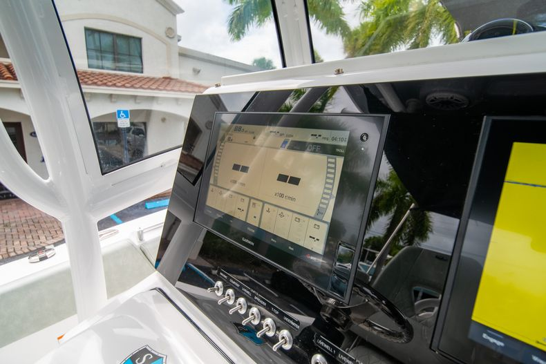 Thumbnail 35 for Used 2020 Sportsman Heritage 251 Center Console boat for sale in West Palm Beach, FL
