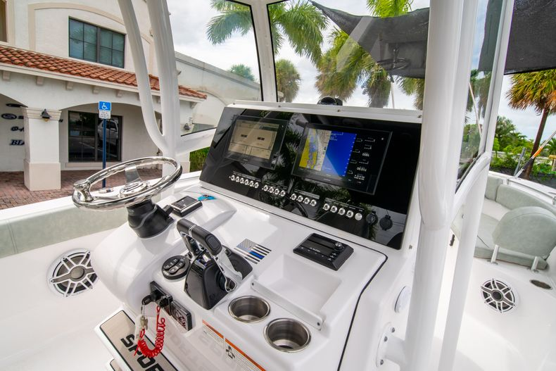 Thumbnail 32 for Used 2020 Sportsman Heritage 251 Center Console boat for sale in West Palm Beach, FL