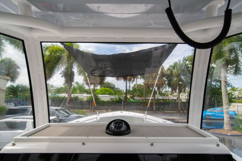 Thumbnail 37 for Used 2020 Sportsman Heritage 251 Center Console boat for sale in West Palm Beach, FL