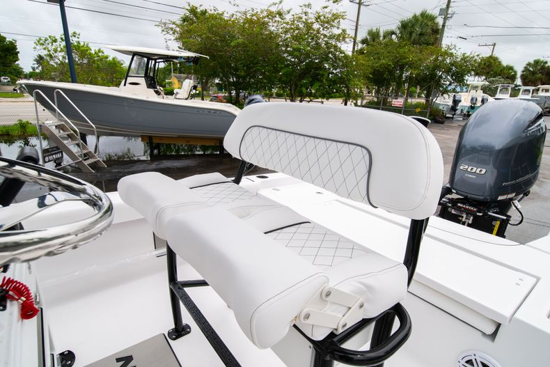 Thumbnail 31 for New 2021 Sportsman Masters 227 Bay Boat boat for sale in West Palm Beach, FL
