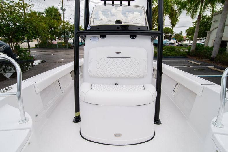 Thumbnail 41 for New 2021 Sportsman Masters 227 Bay Boat boat for sale in West Palm Beach, FL
