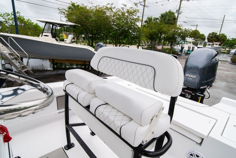 Thumbnail 30 for New 2021 Sportsman Masters 227 Bay Boat boat for sale in West Palm Beach, FL