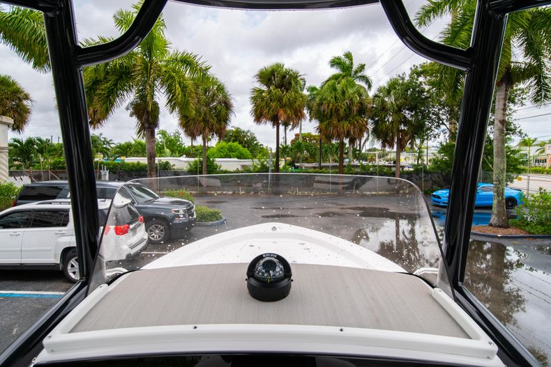Thumbnail 25 for New 2021 Sportsman Masters 227 Bay Boat boat for sale in West Palm Beach, FL
