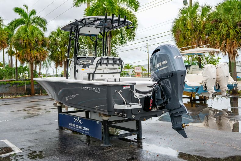 Thumbnail 5 for New 2021 Sportsman Masters 227 Bay Boat boat for sale in West Palm Beach, FL