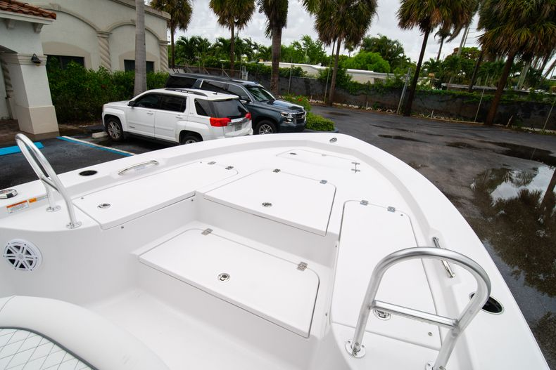 Thumbnail 35 for New 2021 Sportsman Masters 227 Bay Boat boat for sale in West Palm Beach, FL