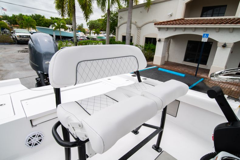 Thumbnail 29 for New 2021 Sportsman Masters 227 Bay Boat boat for sale in West Palm Beach, FL