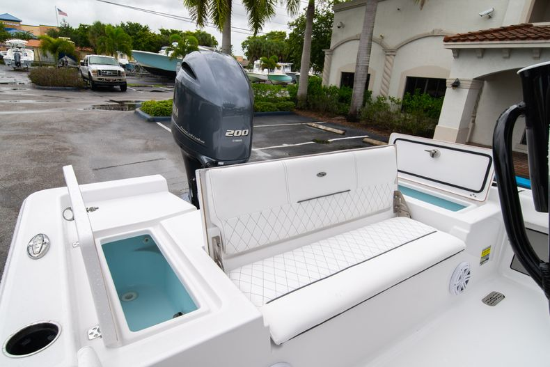 Thumbnail 9 for New 2021 Sportsman Masters 227 Bay Boat boat for sale in West Palm Beach, FL