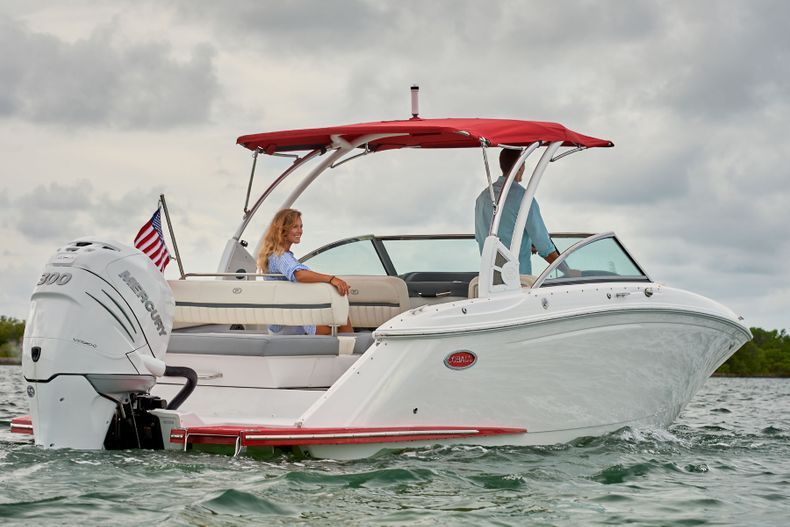 Thumbnail 2 for New 2021 Cobalt 25SC boat for sale in West Palm Beach, FL