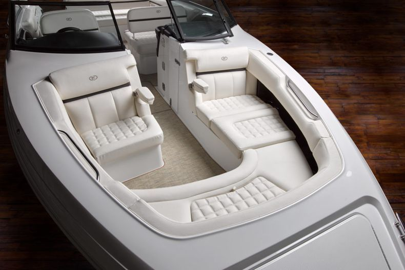 Thumbnail 20 for New 2021 Cobalt 30SC boat for sale in West Palm Beach, FL