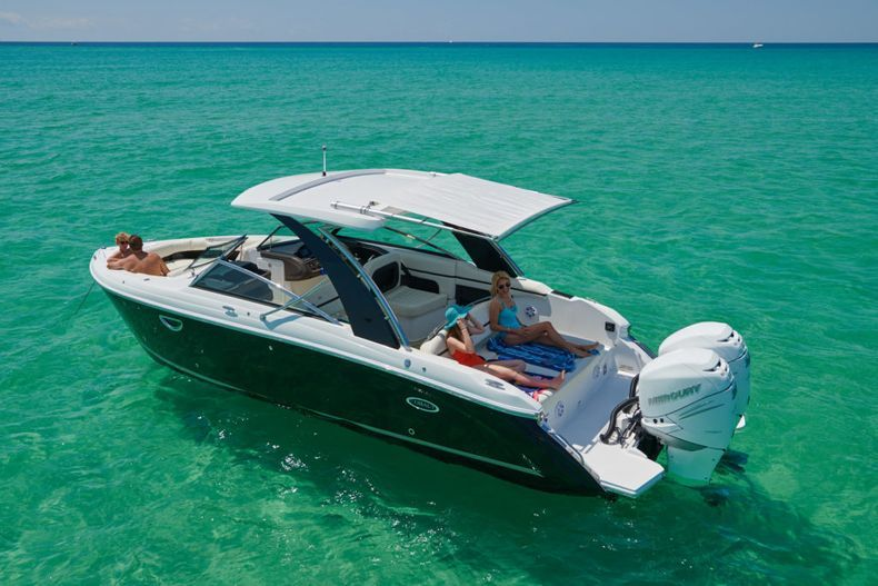 Thumbnail 4 for New 2021 Cobalt 30SC boat for sale in West Palm Beach, FL