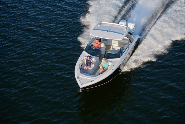 Thumbnail 8 for New 2021 Cobalt 30SC boat for sale in West Palm Beach, FL