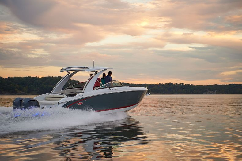 Thumbnail 12 for New 2021 Cobalt 30SC boat for sale in West Palm Beach, FL