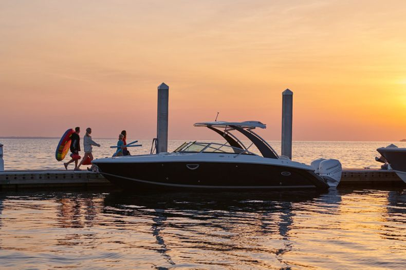 Thumbnail 13 for New 2021 Cobalt 30SC boat for sale in West Palm Beach, FL