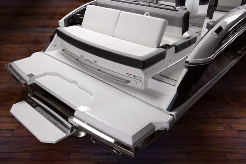 Thumbnail 13 for New 2021 Cobalt A29 boat for sale in West Palm Beach, FL