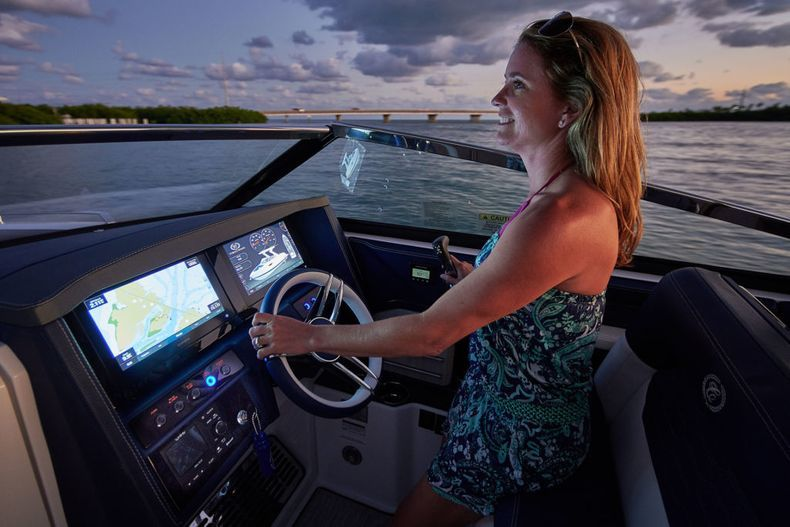 Thumbnail 7 for New 2021 Cobalt A29 boat for sale in West Palm Beach, FL