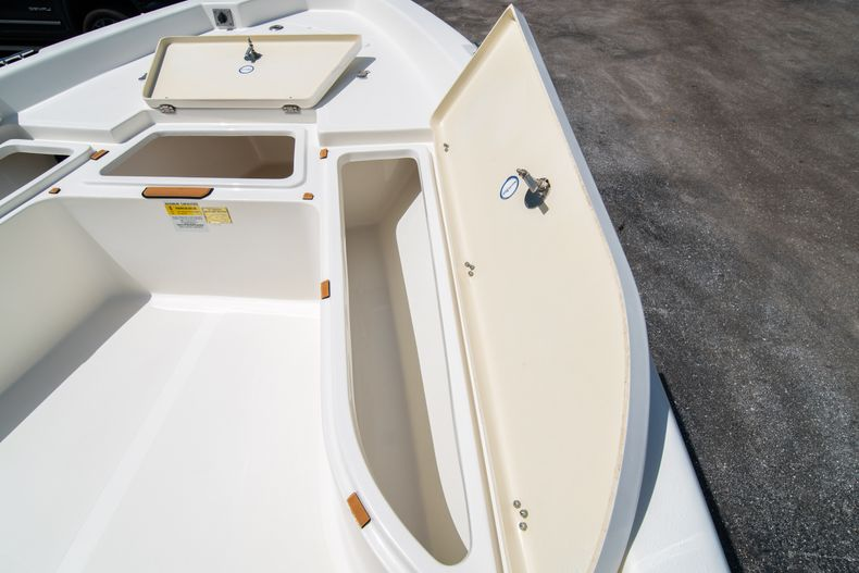 Thumbnail 37 for Used 2015 NauticStar 2110 Sport boat for sale in West Palm Beach, FL