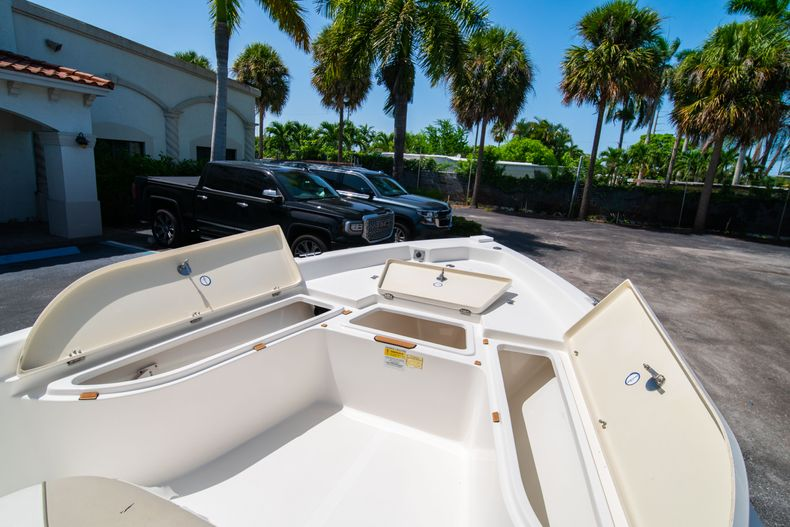 Thumbnail 36 for Used 2015 NauticStar 2110 Sport boat for sale in West Palm Beach, FL