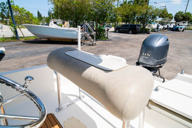 Thumbnail 32 for Used 2015 NauticStar 2110 Sport boat for sale in West Palm Beach, FL