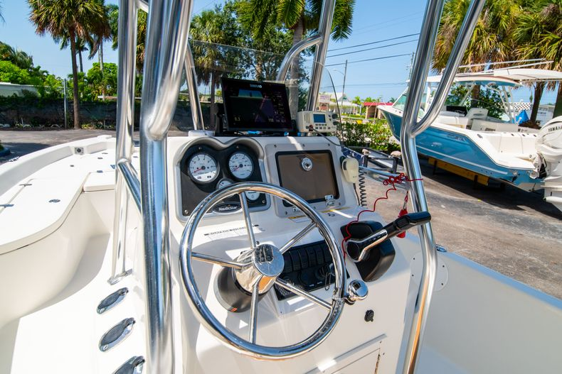 Thumbnail 28 for Used 2015 NauticStar 2110 Sport boat for sale in West Palm Beach, FL