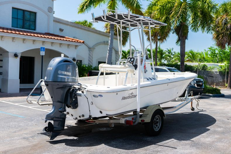 Thumbnail 10 for Used 2015 NauticStar 2110 Sport boat for sale in West Palm Beach, FL