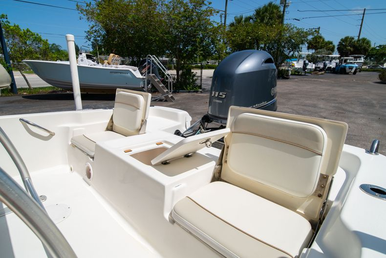 Thumbnail 17 for Used 2015 NauticStar 2110 Sport boat for sale in West Palm Beach, FL