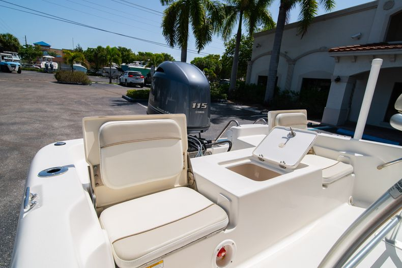 Thumbnail 14 for Used 2015 NauticStar 2110 Sport boat for sale in West Palm Beach, FL