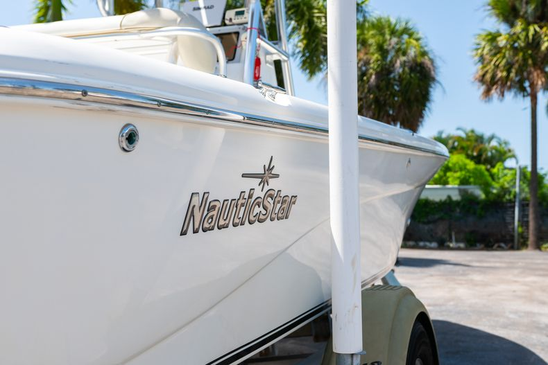 Thumbnail 11 for Used 2015 NauticStar 2110 Sport boat for sale in West Palm Beach, FL