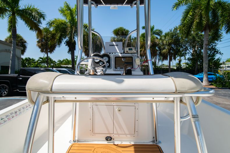 Thumbnail 19 for Used 2015 NauticStar 2110 Sport boat for sale in West Palm Beach, FL