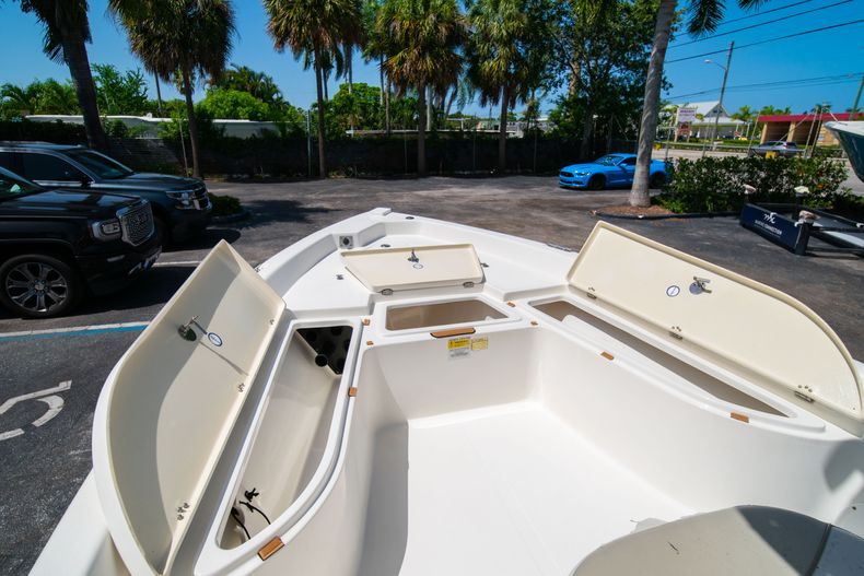 Thumbnail 40 for Used 2015 NauticStar 2110 Sport boat for sale in West Palm Beach, FL