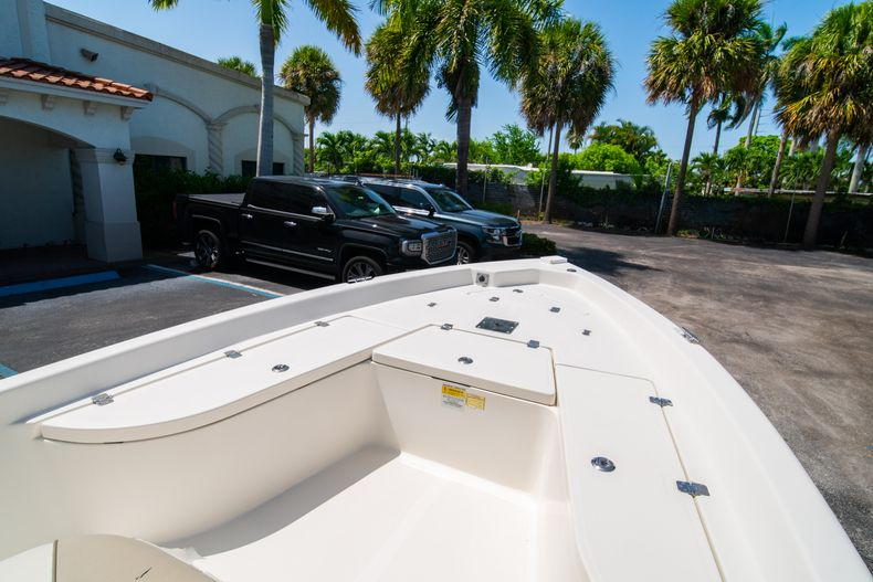 Thumbnail 35 for Used 2015 NauticStar 2110 Sport boat for sale in West Palm Beach, FL