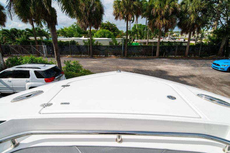 Thumbnail 57 for Used 2020 Blackfin 332CC Center Console boat for sale in Fort Lauderdale, FL