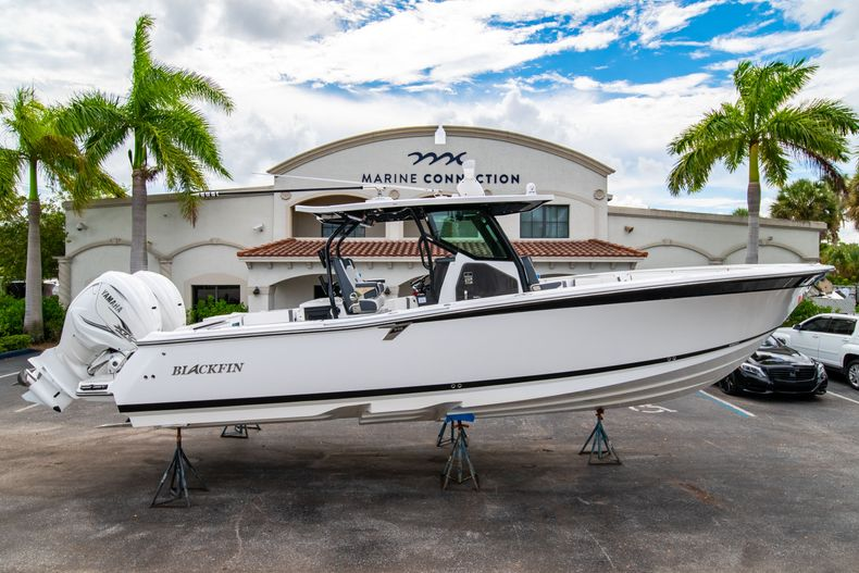 Photo for 2020 Blackfin 332CC Center Console