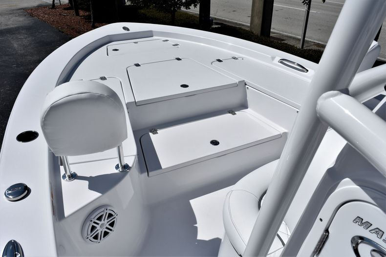 Thumbnail 18 for New 2021 Sportsman Masters 227 Bay Boat boat for sale in Vero Beach, FL