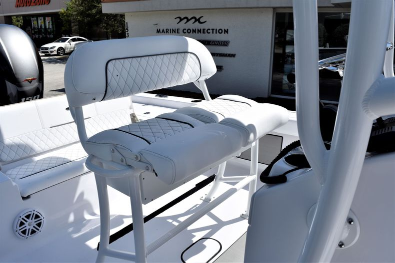 Thumbnail 17 for New 2021 Sportsman Masters 227 Bay Boat boat for sale in Vero Beach, FL