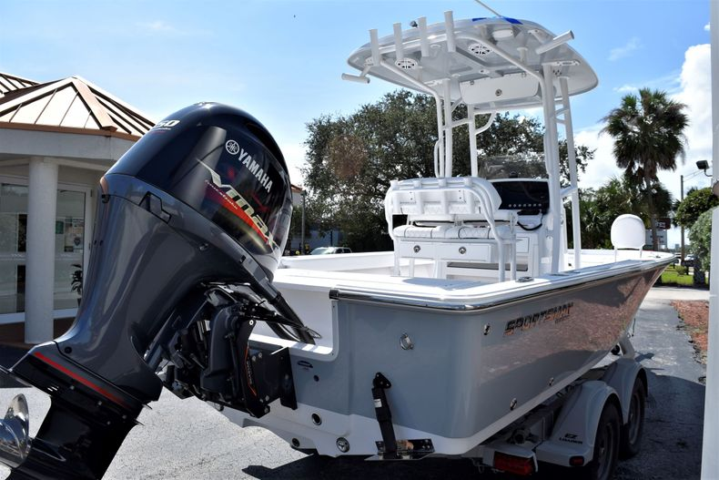 Thumbnail 5 for New 2021 Sportsman Masters 227 Bay Boat boat for sale in Vero Beach, FL