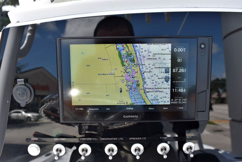 Thumbnail 29 for New 2021 Sportsman Masters 227 Bay Boat boat for sale in Vero Beach, FL