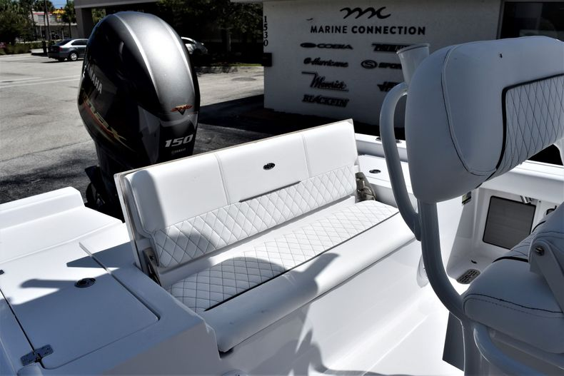 Thumbnail 16 for New 2021 Sportsman Masters 227 Bay Boat boat for sale in Vero Beach, FL