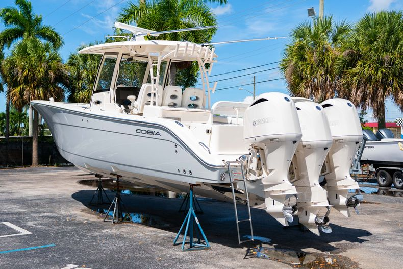 Thumbnail 7 for Used 2019 Cobia 344 Center Console boat for sale in West Palm Beach, FL