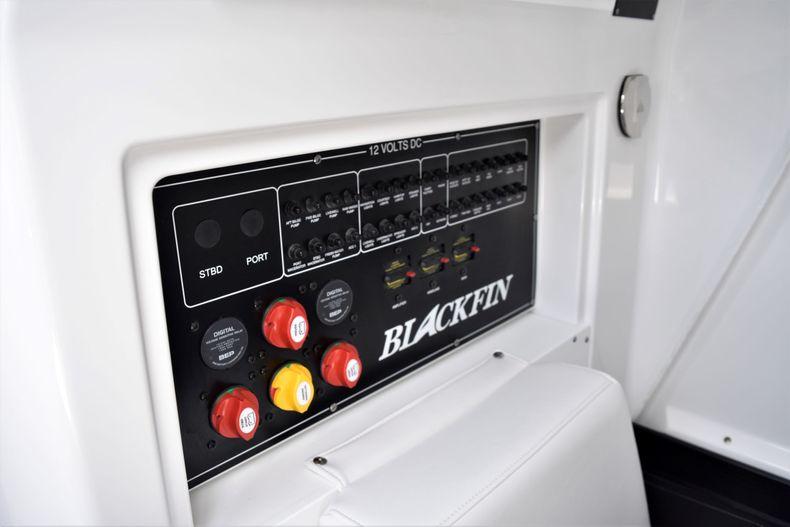 Thumbnail 25 for New 2021 Blackfin 272CC boat for sale in Vero Beach, FL