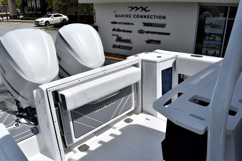 Thumbnail 28 for New 2021 Blackfin 272CC boat for sale in Vero Beach, FL
