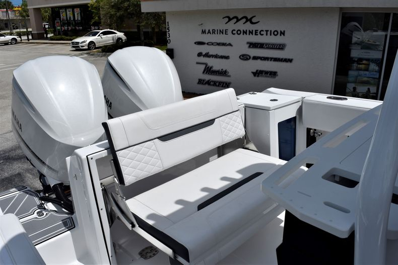 Thumbnail 29 for New 2021 Blackfin 272CC boat for sale in Vero Beach, FL
