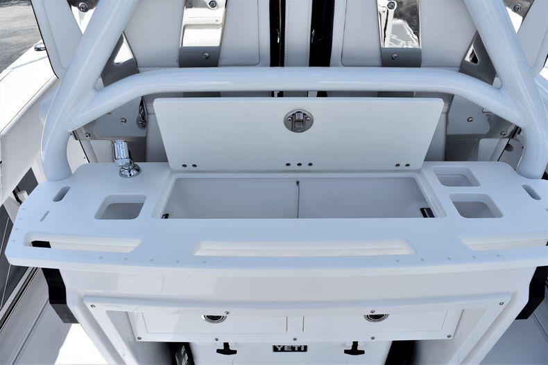 Thumbnail 30 for New 2021 Blackfin 272CC boat for sale in Vero Beach, FL