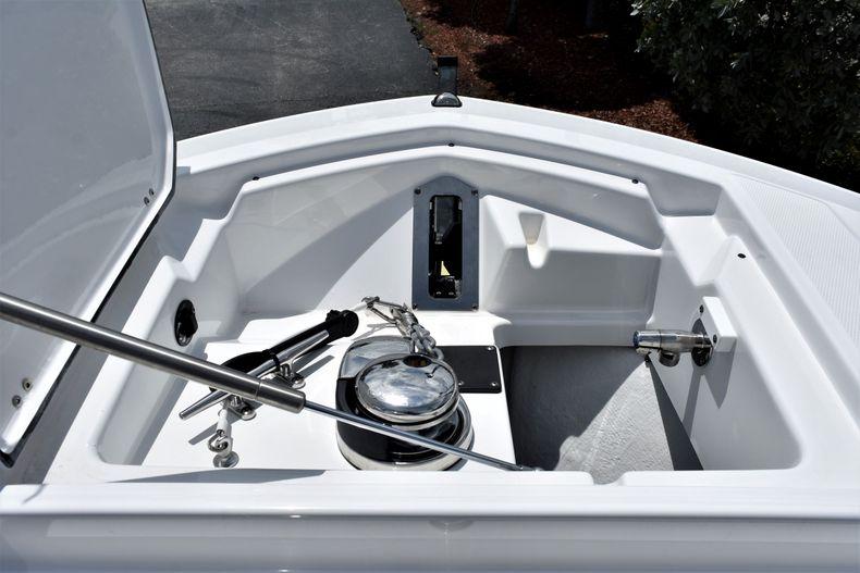 Thumbnail 18 for New 2021 Blackfin 272CC boat for sale in Vero Beach, FL