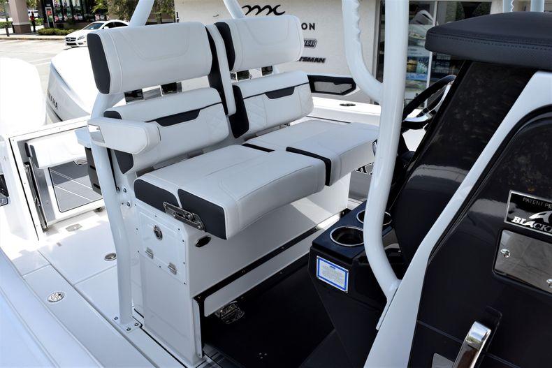 Thumbnail 26 for New 2021 Blackfin 272CC boat for sale in Vero Beach, FL
