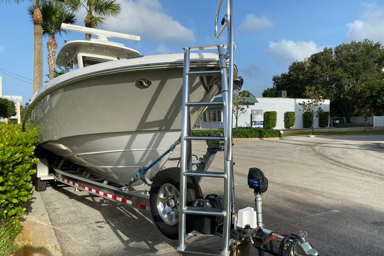 Thumbnail 23 for Used 2016 Everglades 325 CC Center Console boat for sale in Stuart, FL