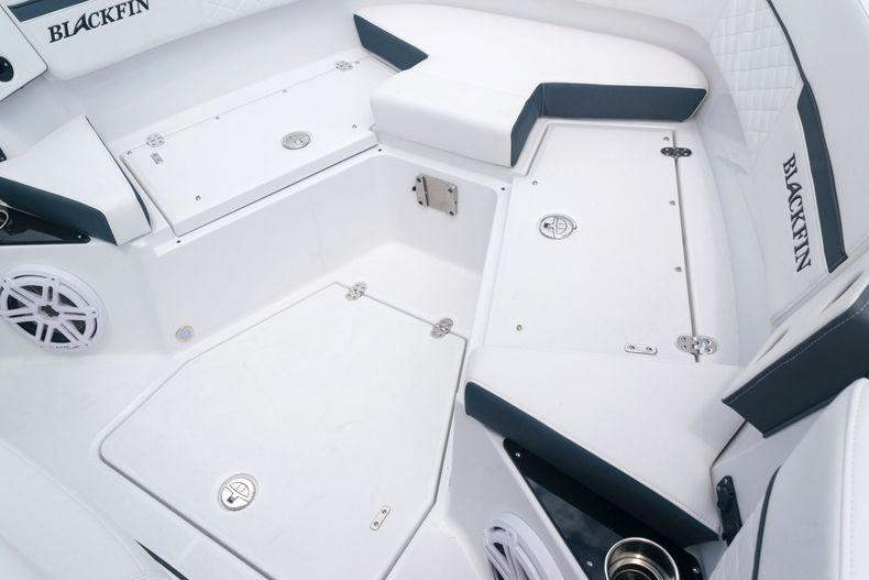 Thumbnail 53 for New 2021 Blackfin 272CC boat for sale in West Palm Beach, FL