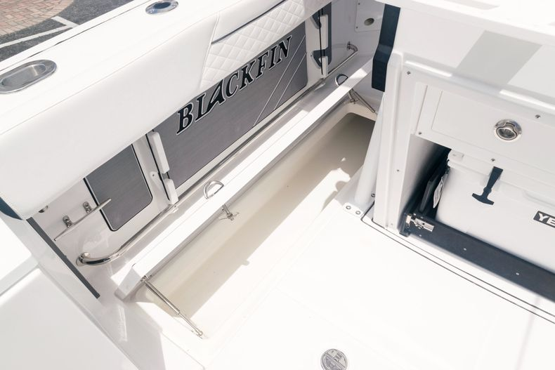 Thumbnail 22 for New 2021 Blackfin 272CC boat for sale in West Palm Beach, FL
