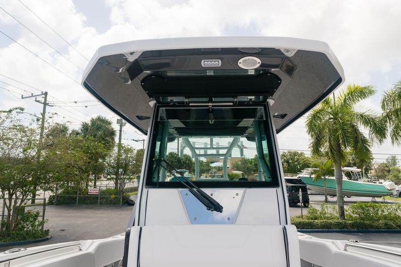 Thumbnail 50 for New 2021 Blackfin 272CC boat for sale in West Palm Beach, FL